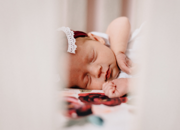 Newborn Sleep Tips | Meekly Loving by Sydney Meek